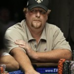 2009 WSOP: Moon sucks down Begleiter too!